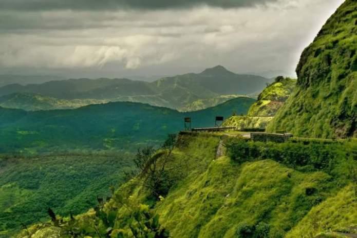 Gates Ocidentais Índia é um dos lugares deslumbrantes na Ásia