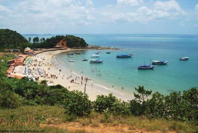 Ilha de Itaparica é um dos destinos baratos para você viajar pela Bahia