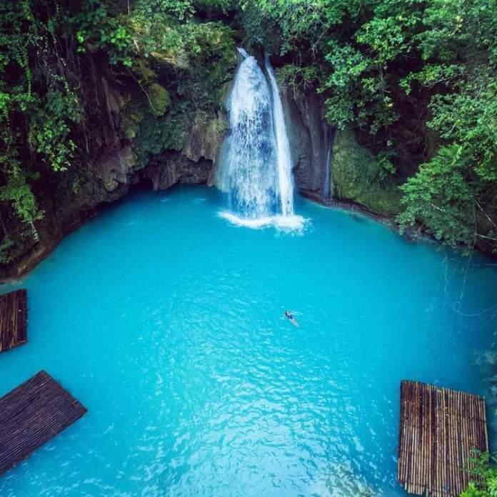 Kawasan Falls Cebu nas Filipinas