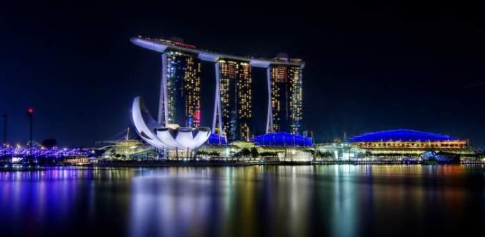 Marina Bay Sands em Singapura é um dos lugares deslumbrantes na Ásia