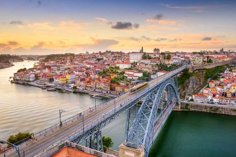 melhor época para ir a Portugal e conhecer Porto