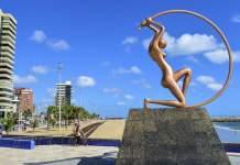 Estátua de Iracema na Praia de Iracema, Fortaleza