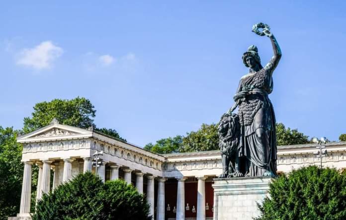 Estátua da Baviera em Munique - Alemanha