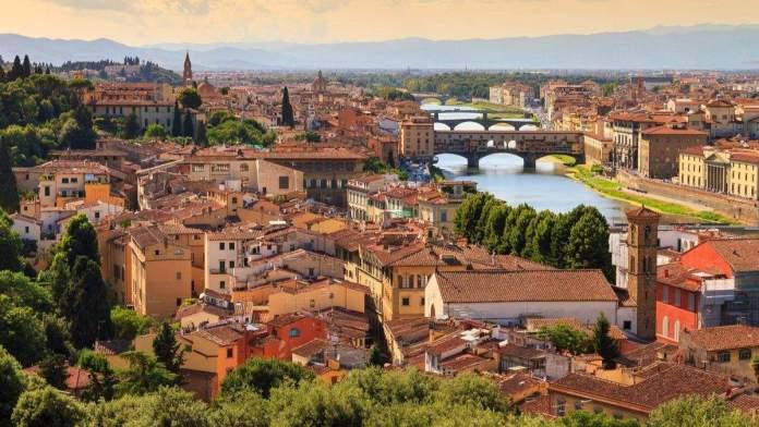 Bela paisagem urbana de Florença na Toscana, Itália.