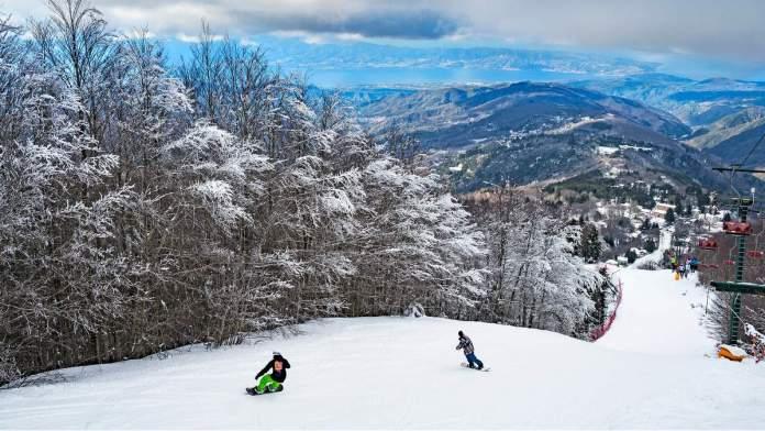 Esqui e esportes de inverno, no sul da Itália, no Parque Nacional Sila.