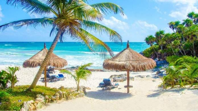 Praia de Tulum, na Península de Yucatán, no México.