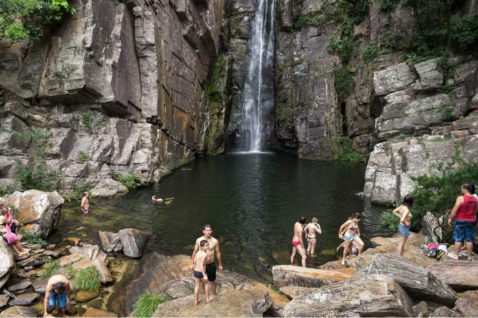 Cachoeira Véu da Noiva na Serra do Cipó - Minas Gerais