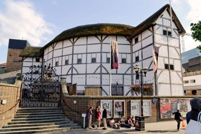 Teatro Shakespeare's Globe em Londres - Inglaterra