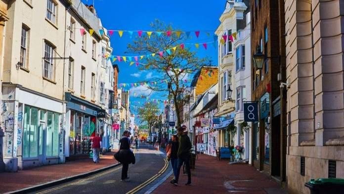 Lanes é uma vibrante área comercial em Brighton, Inglaterra.