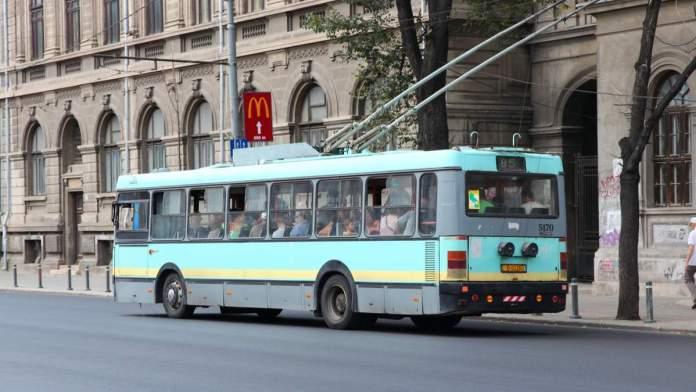 trólebus - Transporte público em Bucareste, Romênia.