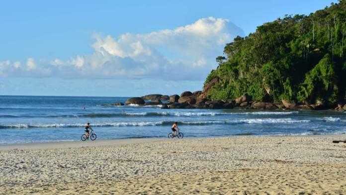 Praia de Itamambuca em Ubatuba - São Paulo