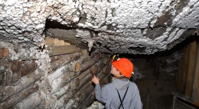 Mineiro na mina de sal Wieliczka