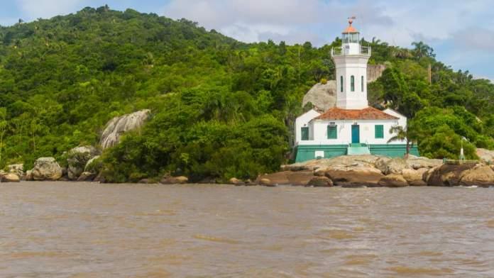 Farol de Itapuã no lago Guaíba em Viamão - Rio Grande do Sul