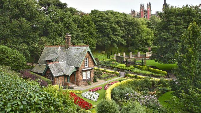 Casa idílica em Princes Street Gardens, Edimburgo, Escócia