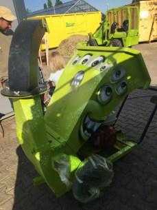 Baumpflege Jochen Stingl: kleiner Häcksler/small chopper 2020