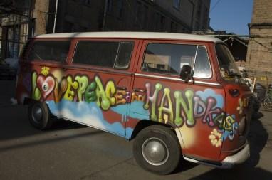 VW Bulli Liebe, Frieden & Handkäs/love, peace & handkäs 2012, Frankfurt