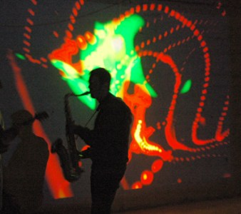»Stefan Varga Trio« Bomber feat. Lichtfaktor & DJ Crazy Cuts, LumaPaint Station @ Bomber LuxUs, Luminale Hattersheim 2010