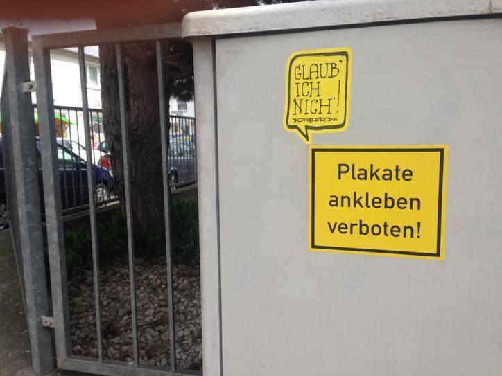 Plakate ankleben verboten?