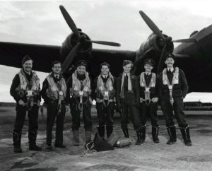 "Robert Clothier – ""Relic"" of the Beachcombers was a Bomber Pilot"