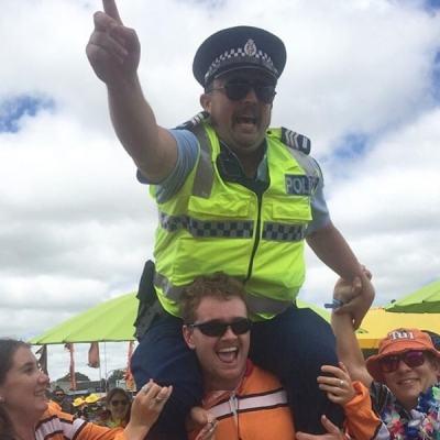 Que fait la police ?