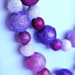 Valentine Bling: A Glitter Necklace Tutorial
