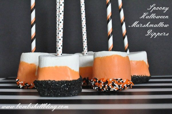 Spooky Halloween Marshmallow Dippers are a perfect seasonal treat to make with kids! Super simple, yet spooky-fabulous enough to bring to a party!