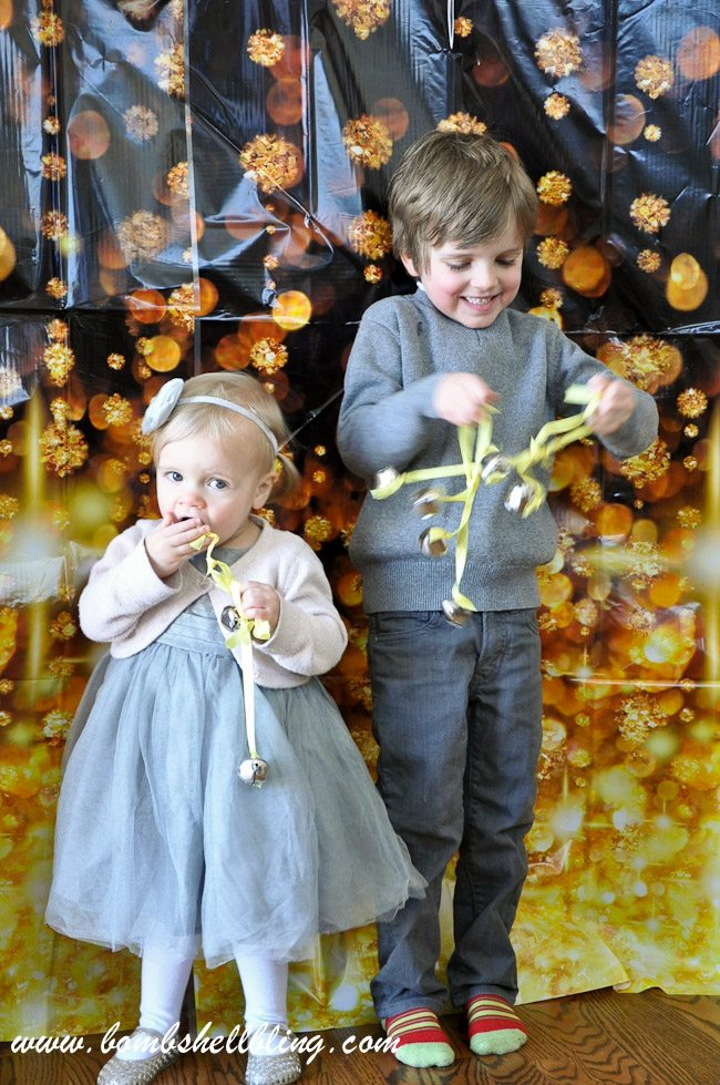 I love this NYE photo shoot idea!! So simple yet so cute!