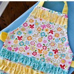 Toddler Ruffle Apron Tutorial