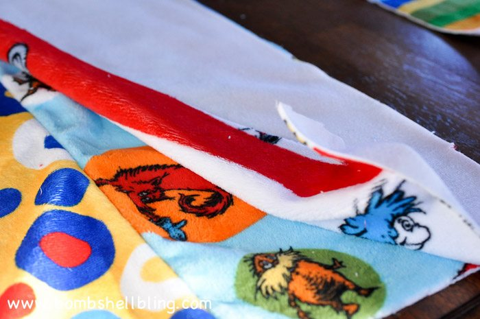 Dr Seuss Cuddle Blanket-10