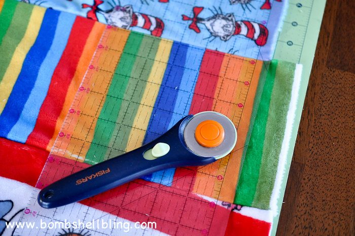 Dr Seuss Cuddle Blanket-11