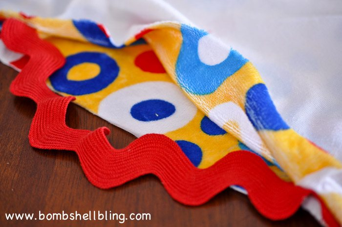 Dr Seuss Cuddle Blanket-25