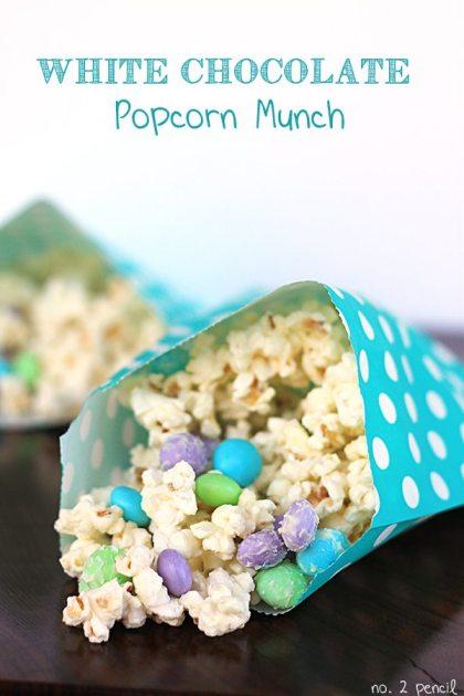 *White-Chocolate-Popcorn-Munch