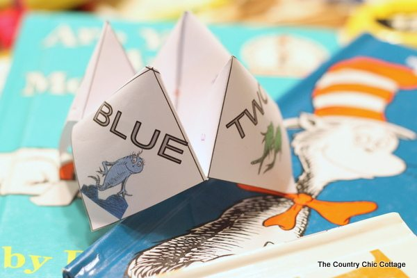 #dr seuss cootie catcher-001