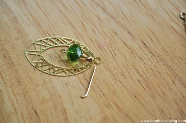 Gold & Green Earrings Tutorial CC-10
