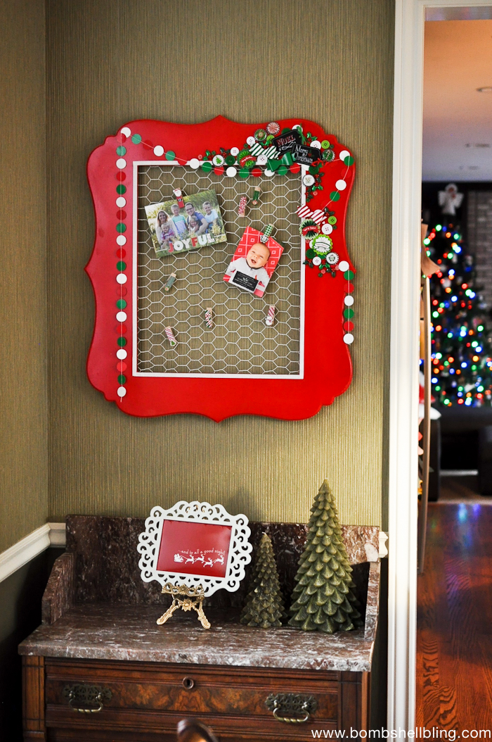 This Christmas Card holder is SOO cute! I can't wait to make one myself!