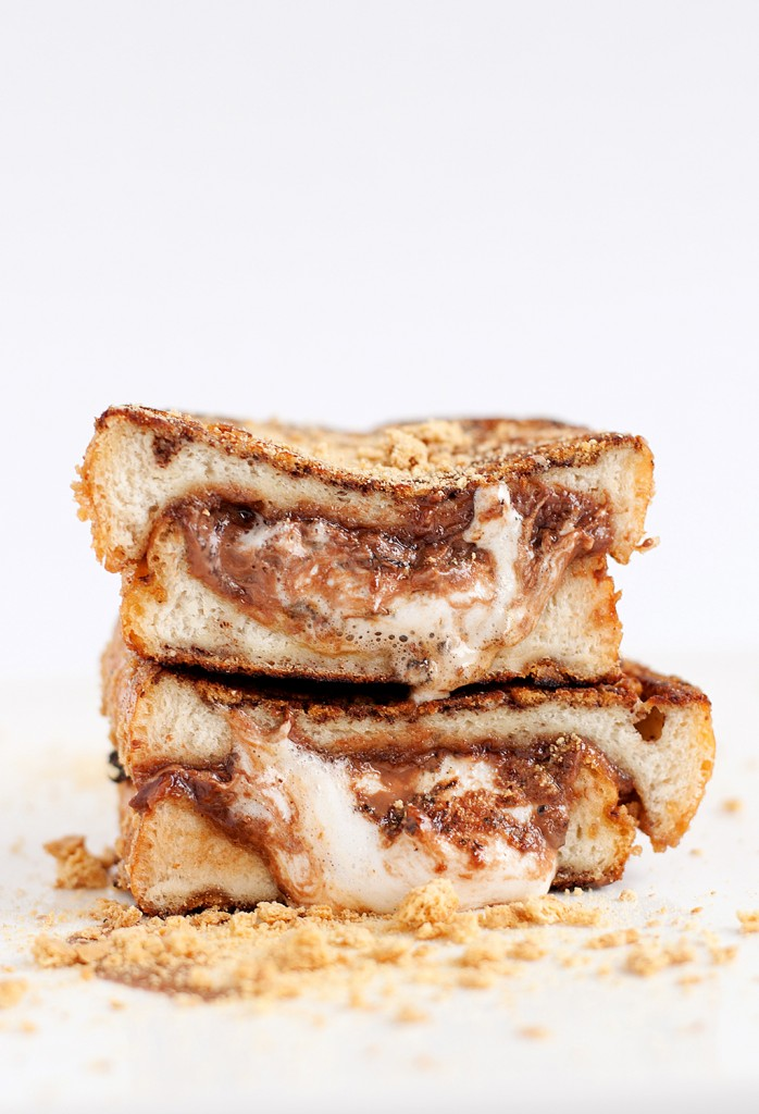 -Smore-Stuffed-French-Toast-4-698x1024