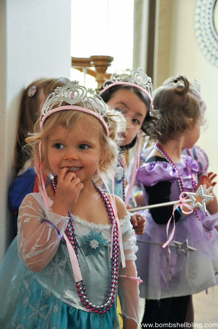 Girls dressed as princesses at bippity boppity boutique party