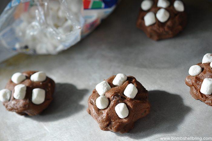 S'mores Oreo Stuffed Cookies-5