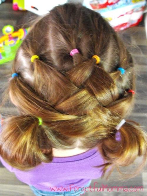 *school_hair_little_girls-768x1024