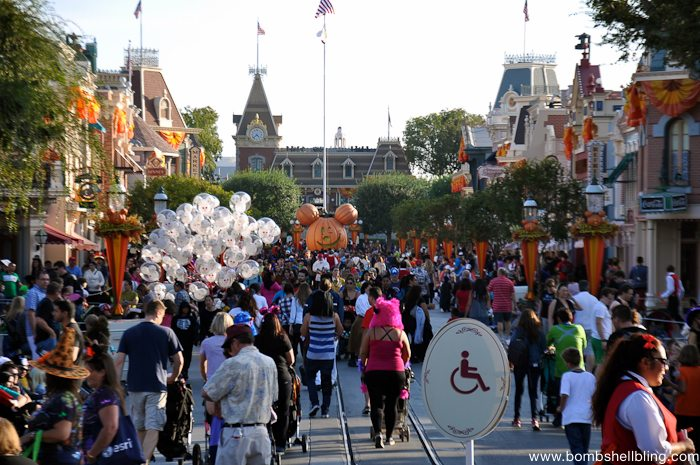 Why I love Disneyland at Halloween-3