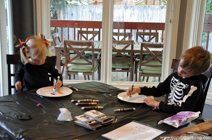Paint Pen Halloween Plates-3