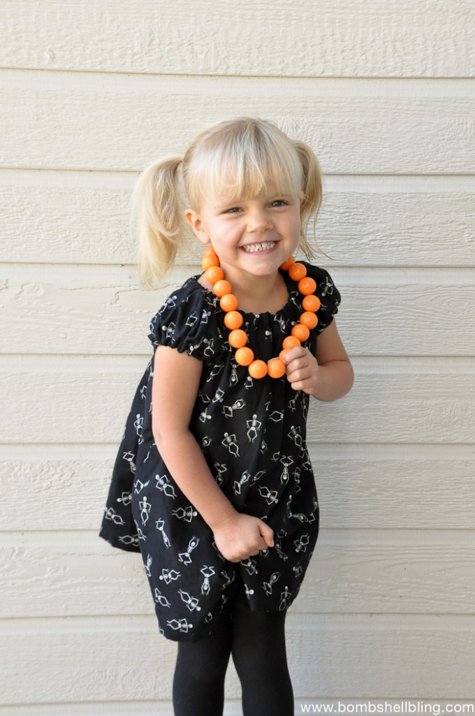 toddler-bubblegum-necklace-tutorial-5