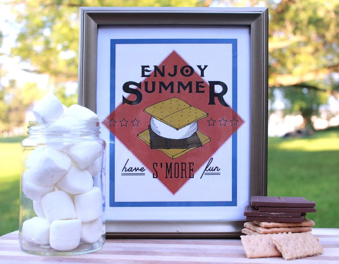 This s'mores printable is the perfect festive addition to your home this summer! Frame it for your mantel or send it to a friend as a fun greeting card!