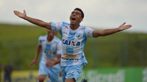 Gustavo Oliveira/ Londrina Esporte Clube - Matheuzinho foi o autor do segundo gol do Tubarão neste sábado.