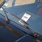 Flyers Reskoos sous les essuies-glaces de la Golf GTI
