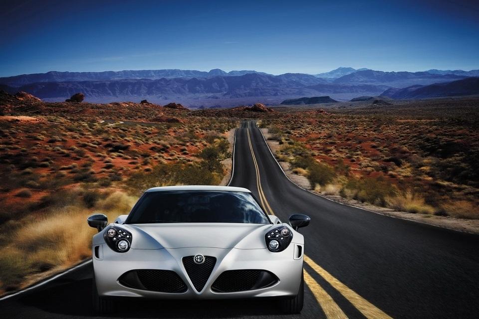 Alfa Romeo 4C Launch Edition (4)