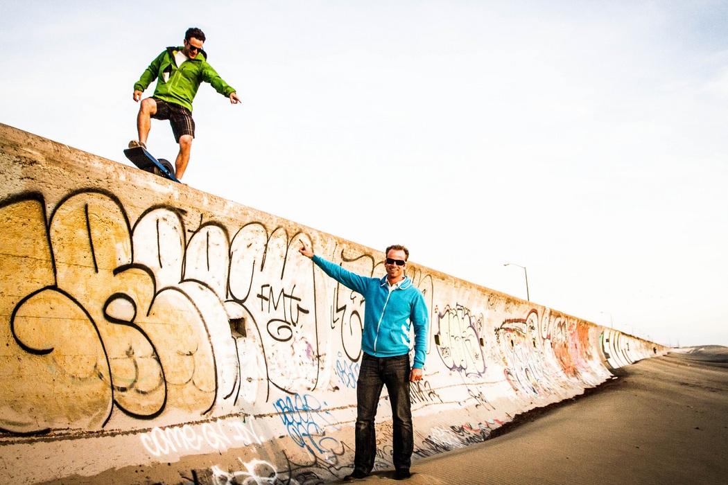 Onewheel Self-Balancing Electric Skateboard (2)