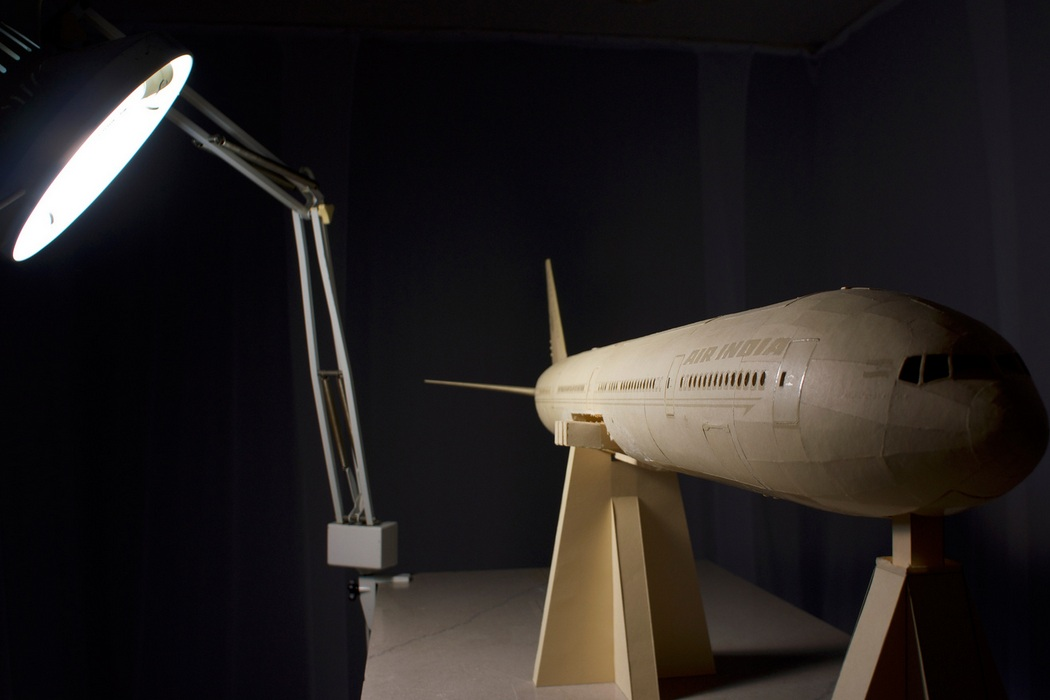 160-Scale Boeing 777 Built from Paper Manilla Folders (5)