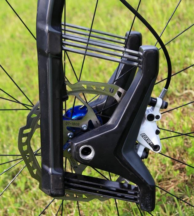 The Lauf TR29 Shocks for Mt. Bike Lovers