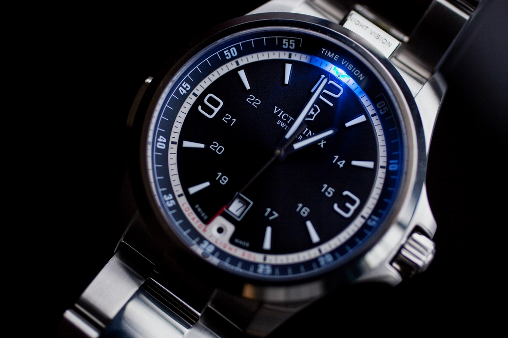 Victorinox Night Vision Watch Is Built To Last A Lifetime (6)